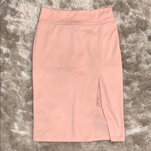 Light pink pencil skirt with lace detailing